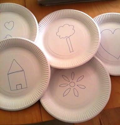 Trafaret z papírových talířků